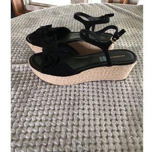 Liz Claiborne Black Bow Sandals Shoes Size 11